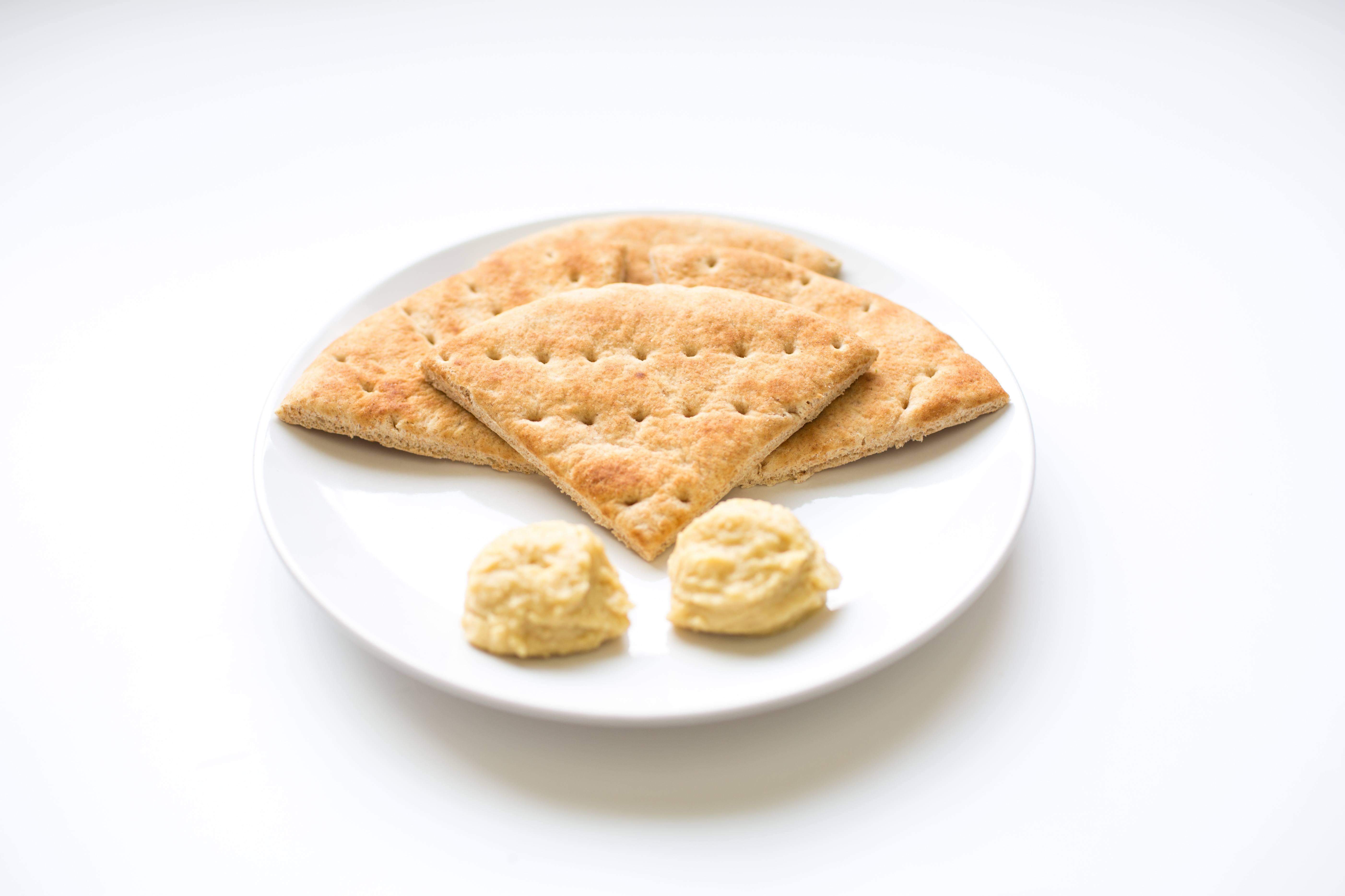 100 calorie snack Joseph's pita and hummus