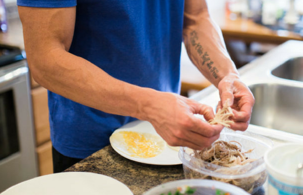 Complete vs incomplete proteins - trainer zac making tacos
