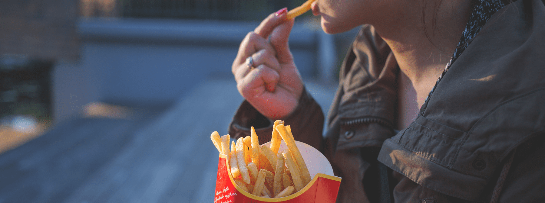 bad habits that stop you losing weight - fast food