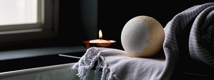 bath bomb essential oil