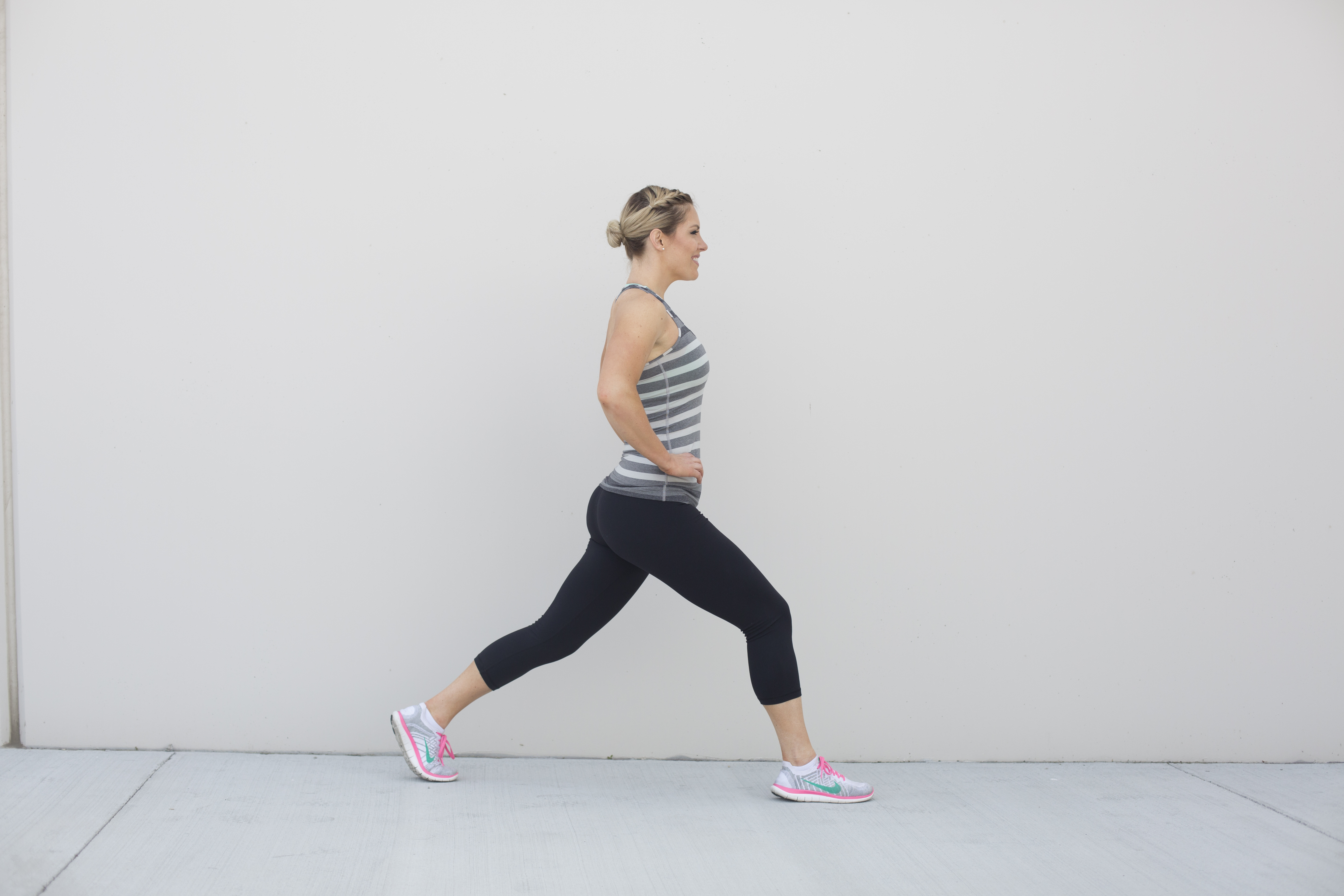 Lunge Exercise Form Step 1
