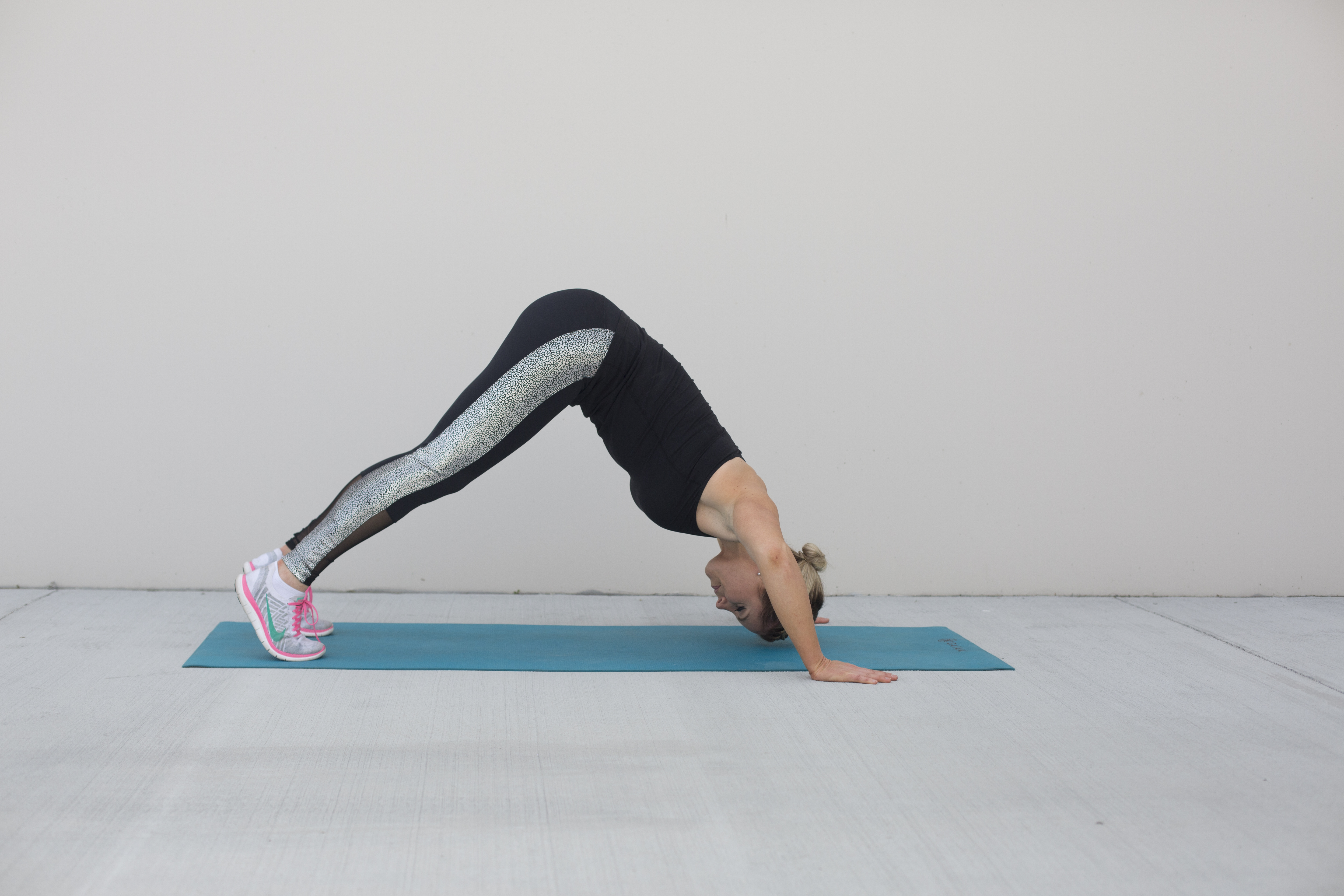 Pike Push-Up Shoulder Exercise Step 2
