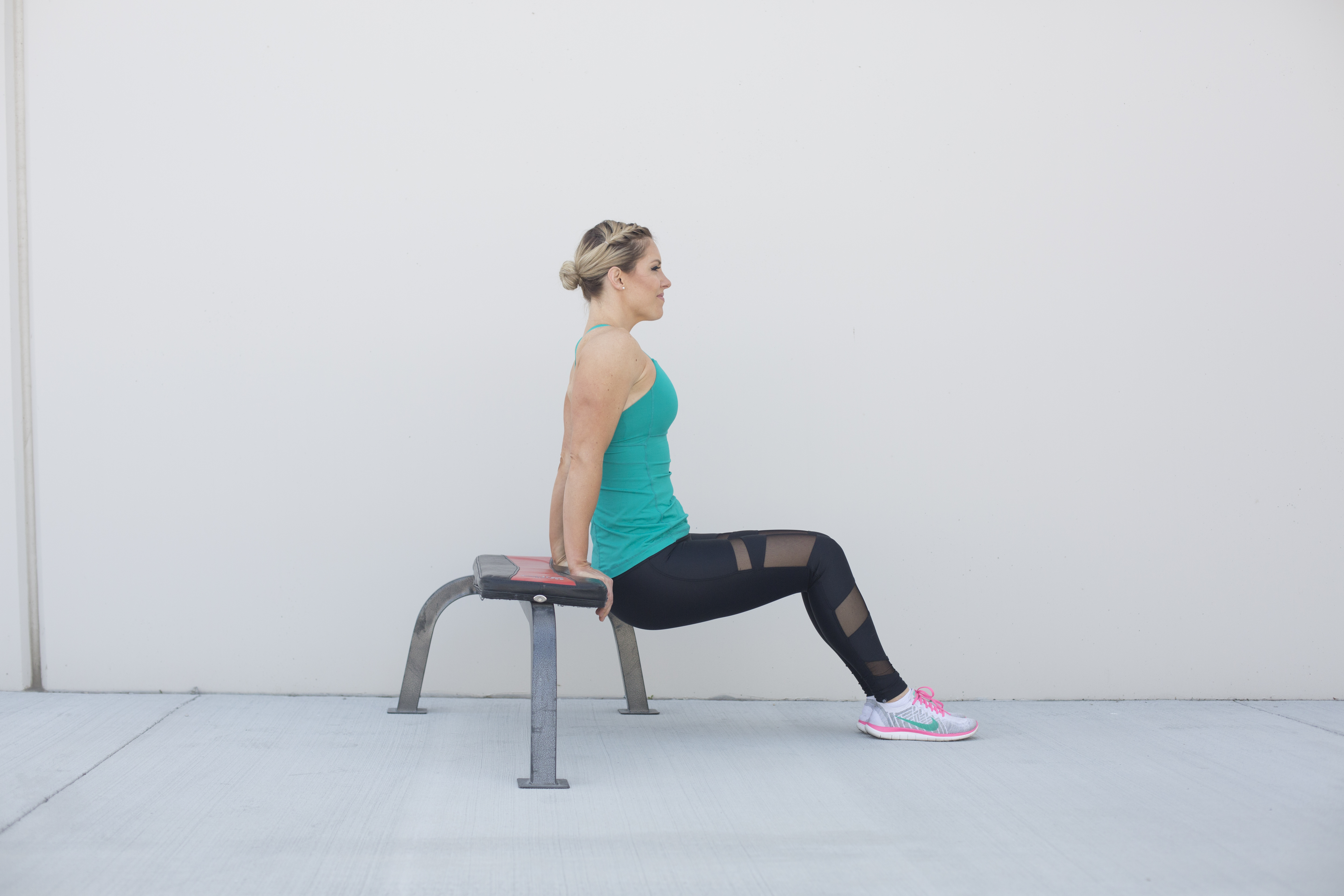 Tricep Dip Exercise Form Step 1