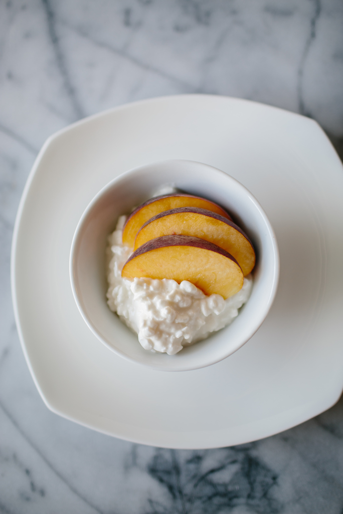 cottage-cheese-and-peaches