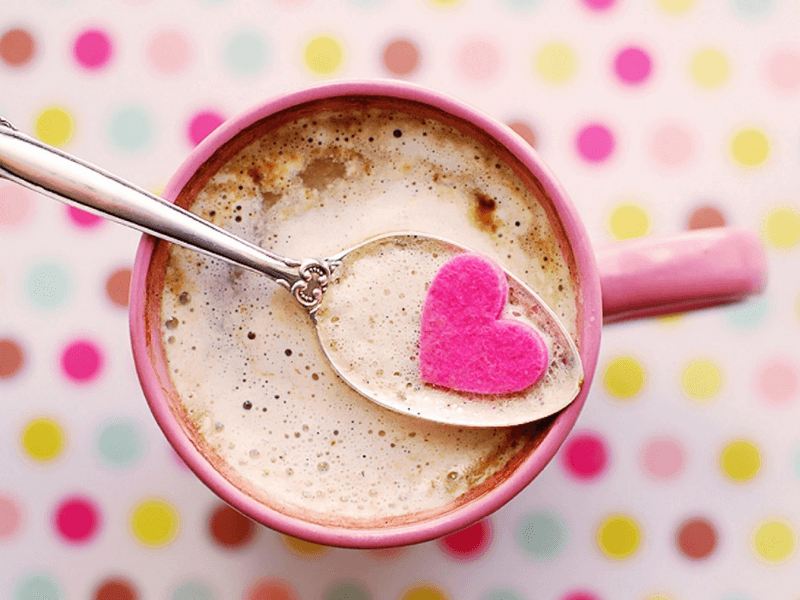 A heart shaped sugar thing