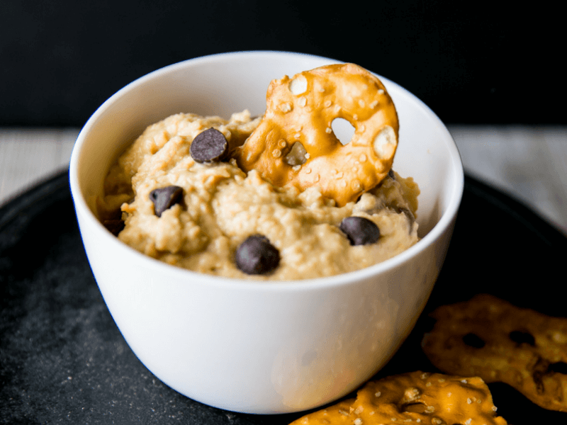 Some healthy cookie dough hummus