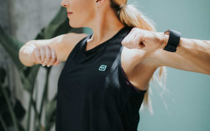 lindsey wearing fit apparel