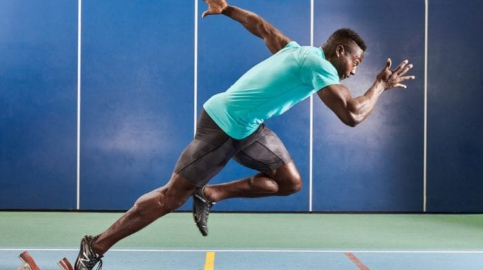 Białko serwatkowe przed czy po treningu? | Regeneracja mięśni | Budulec masy mięśniowej