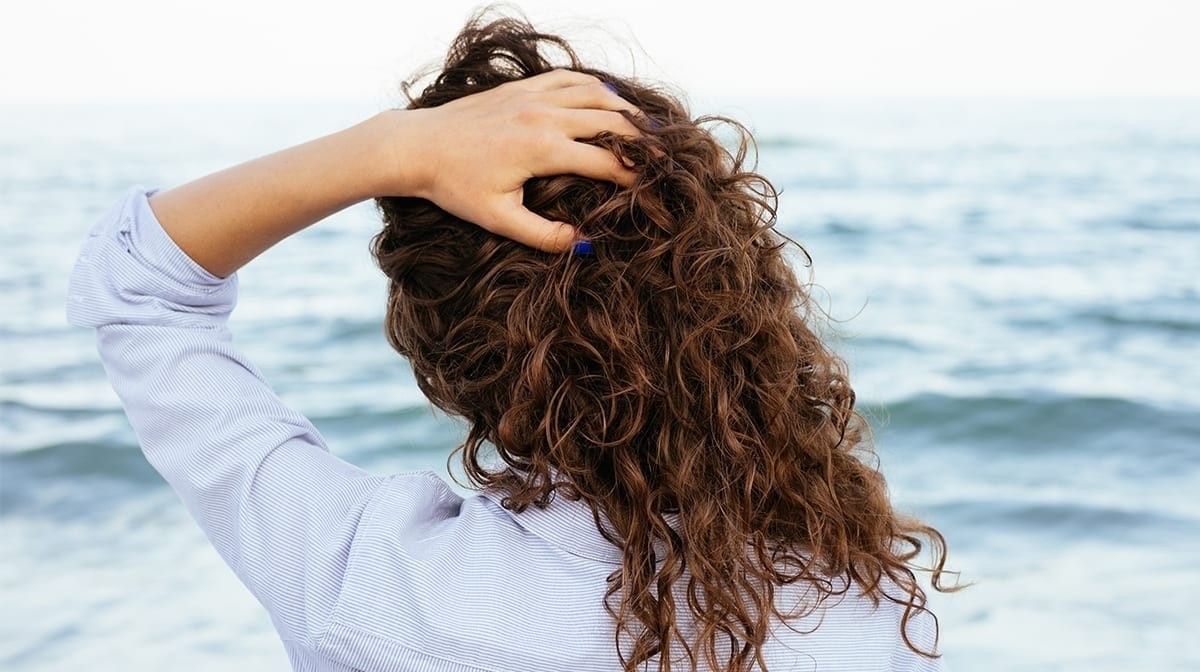 Beauty tips for curly or frizzy hair
