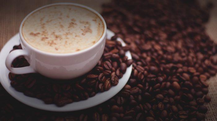 Poznáte účinky kofeínu?