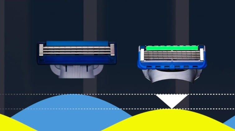 Rinsing Gillette Fusion5 ProShield