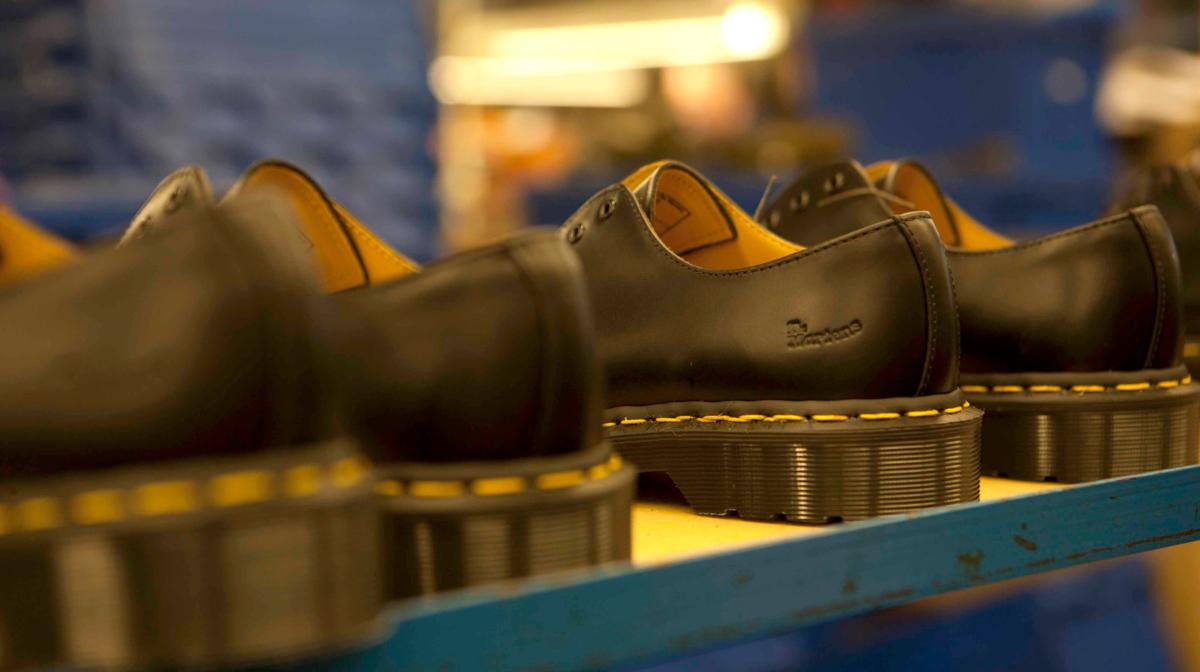 valtuutettu sivusto suosittu tuotemerkki luonteen kengät A Buyer's Guide to Dr. Martens - Allsole