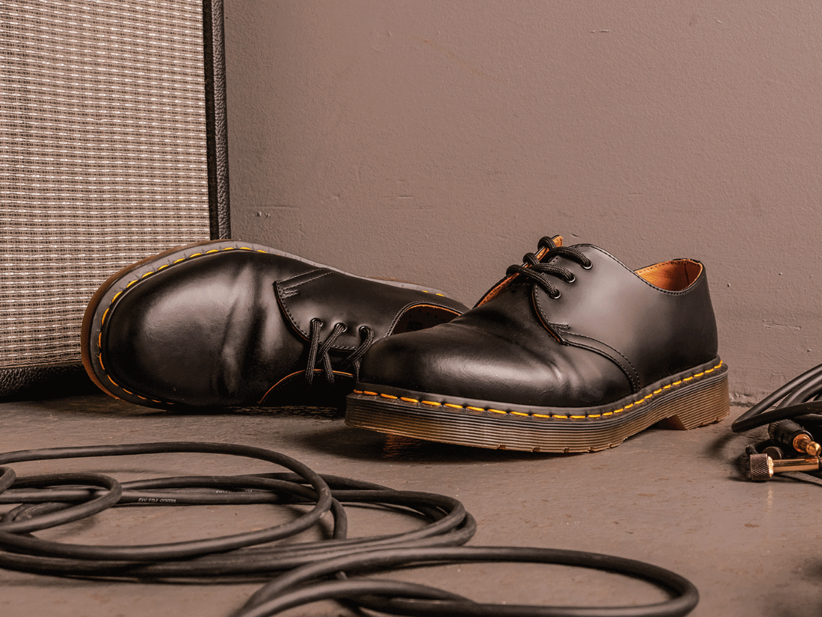 A Practical Beginner's Guide: Dr. Martens 1460 Boots | tekipaki