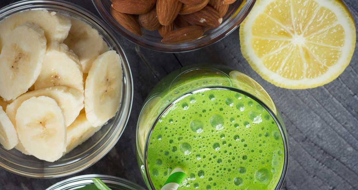 Discover our silky hair smoothie