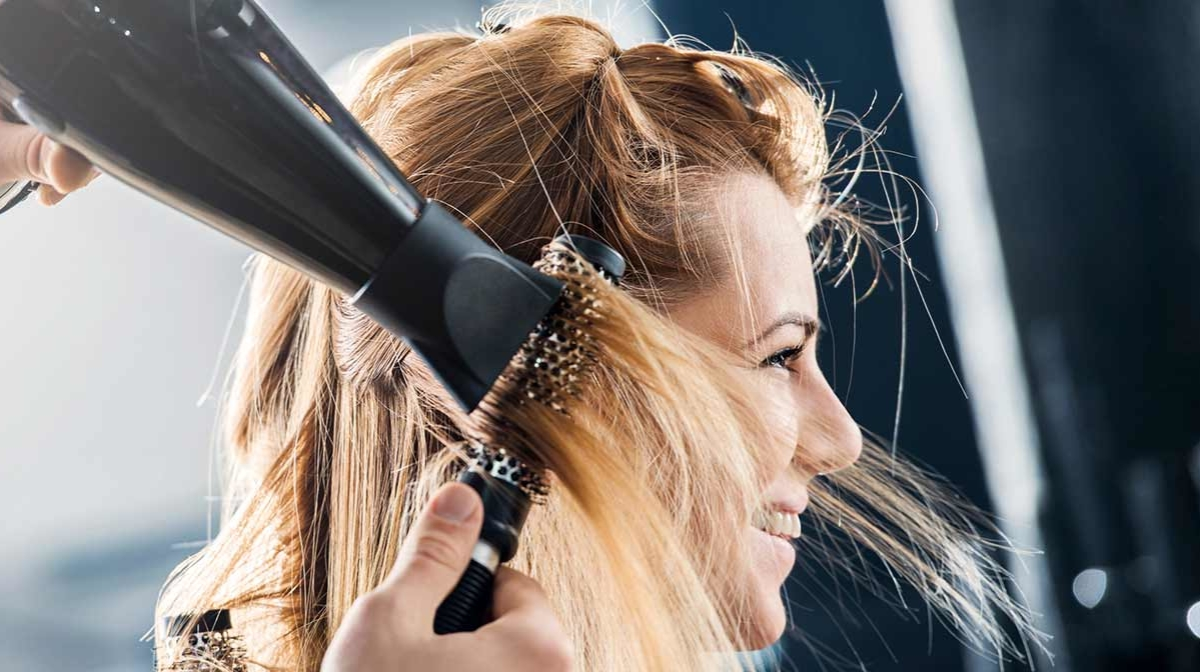 Hairdresser tips: how to clean your hair dryer