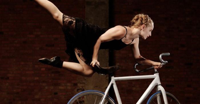 Alice Allart Trick Cycling