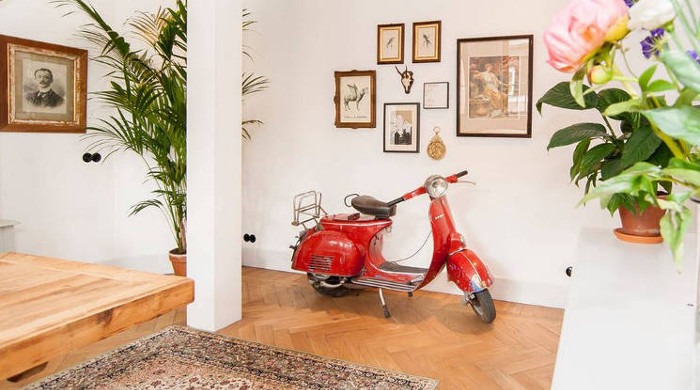 Luxurious Amsterdam Loft Vespa