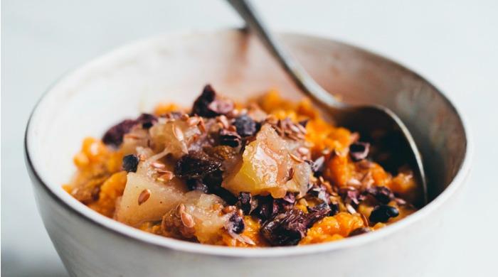 Breakfast Oatmeal Recipes: A bowl of carrot and rye oatmeal.