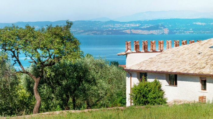 Prati Palai, Lake Garda: A view of the lake from the farmhouse gardens.