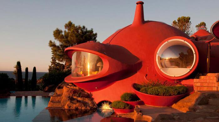Bubble House outside