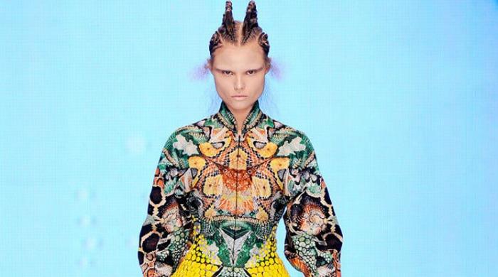 Alexander McQueen's show at Paris Fashion Week AW16.
