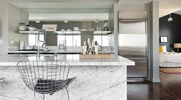 A kitchen area in Palihouse West Hollywood.