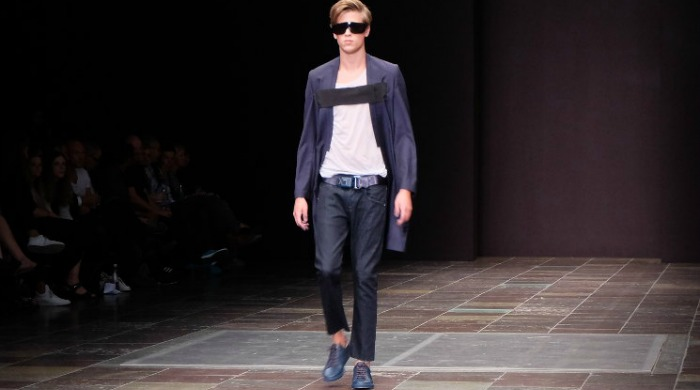 A model on the runway for Mardou&Dean SS16.