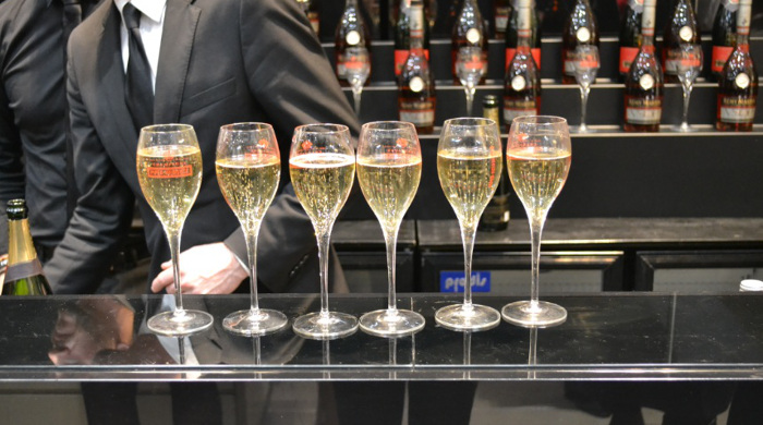 ogue fashion night out champagne