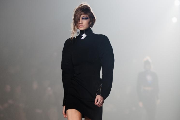 versus versace aw17 black dress