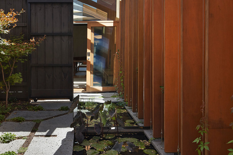 cross stitc house mirror courtyard