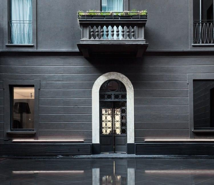 Corte_acqua_senato_hotel_milano