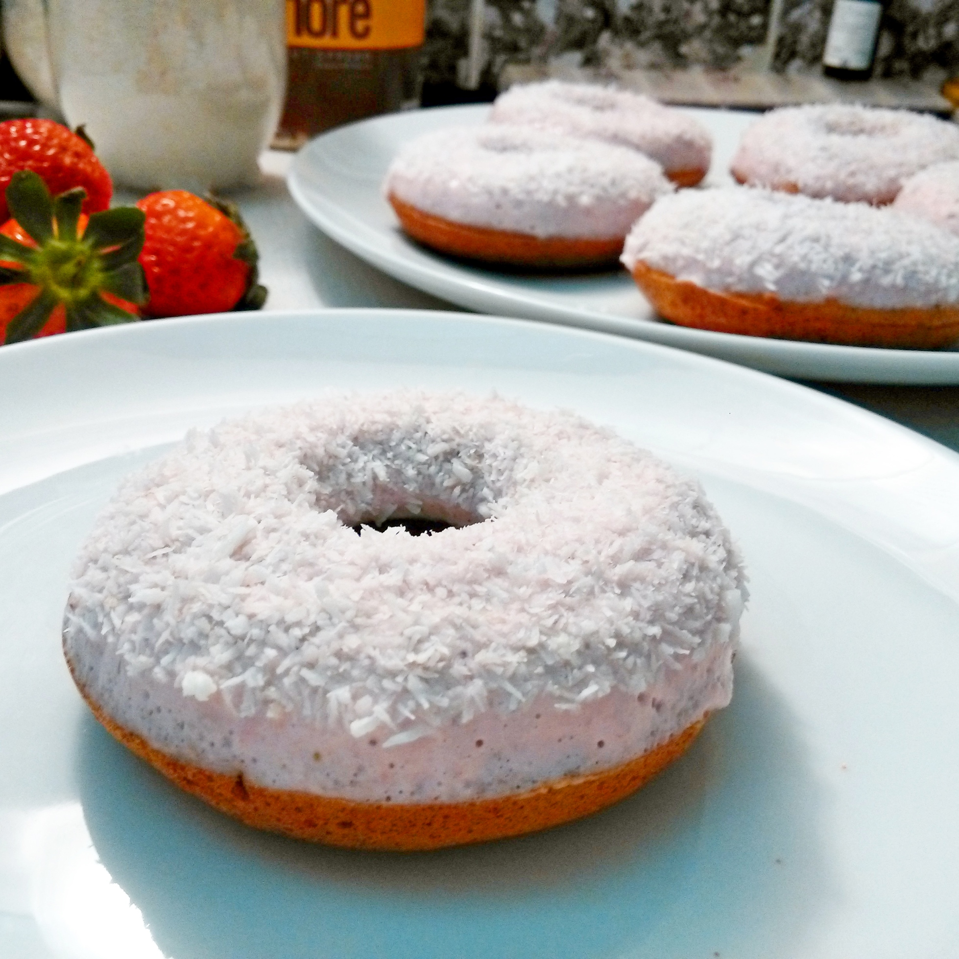 bajola-jahodove-donuty
