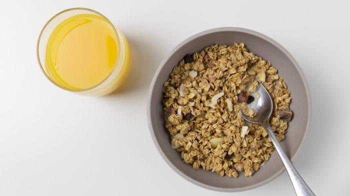Recept: Domácí granola s jablky