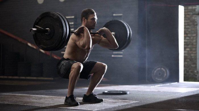 Crossfit vs. trénink s váhami – co je lepší?