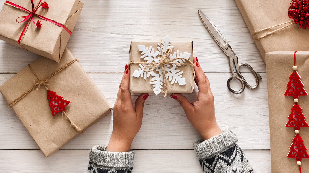 Christmas Gift Guide for Expectant Mamas